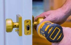 resedential locksmith london, chage house key lodnon, unlock door london, professional locksmith in London, reputable Locksmithing company in London, Locksmith Near Me
