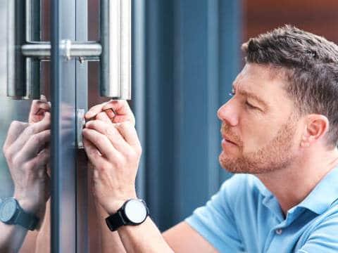 london locksmith, british locksmith london, emergency locksmith london, london locksmith near me